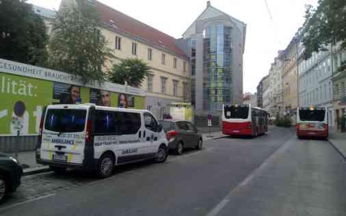 Prevoz pacijenta sanitetskim vozilom iz Austrije 01